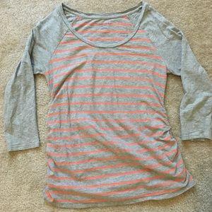 Gray & peach 3/4 sleeve Liz Lange Maternity top
